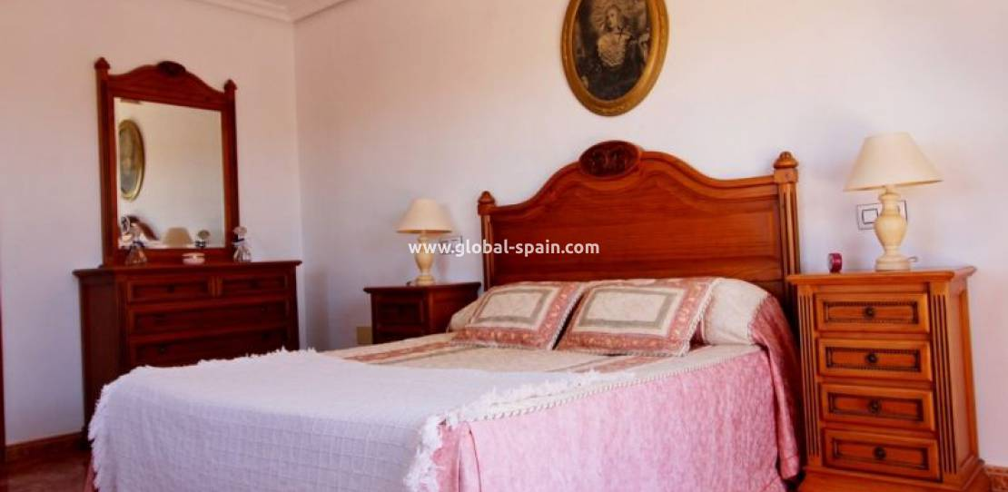 Resale - Country House - Los Montesinos