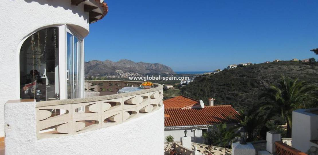 Resale - Villa - Orba