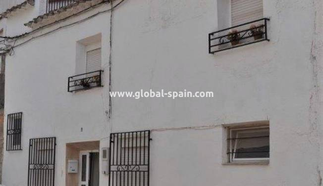 Townhouse - Resale - Pliego - pliego